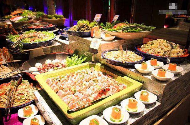 bữa ăn buffet